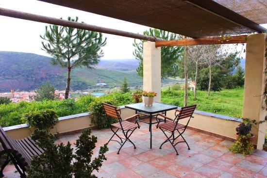 Foto de cielo abierto berzocana terraza del apartamento for Terraza del apartamento