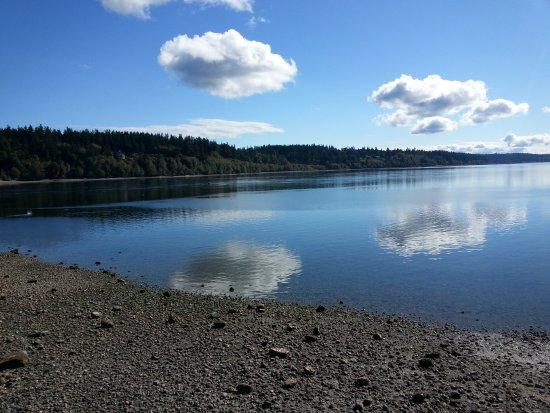 Suquamish, WA: Blue sky