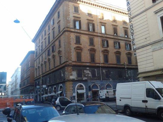 Domus RomAntica: рядом с отелем