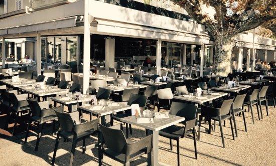 Le Grand Café: Au Calme