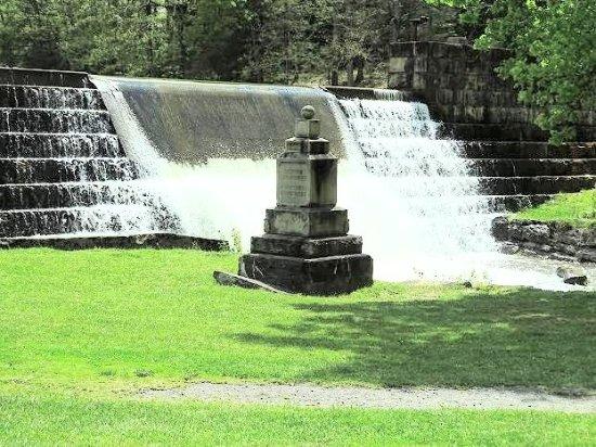 Beaver, WV: waterfall