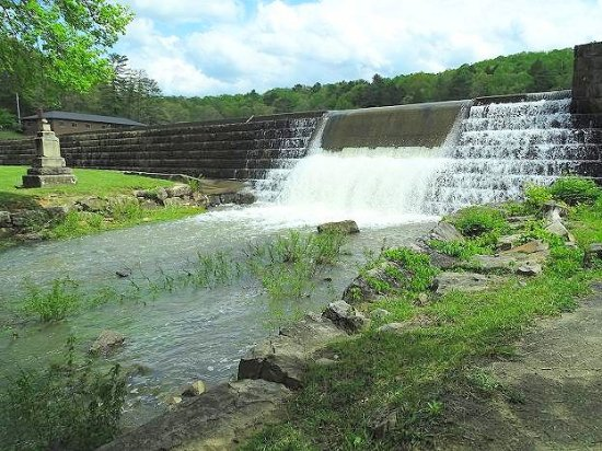 Beaver, Δυτική Βιρτζίνια: waterfall