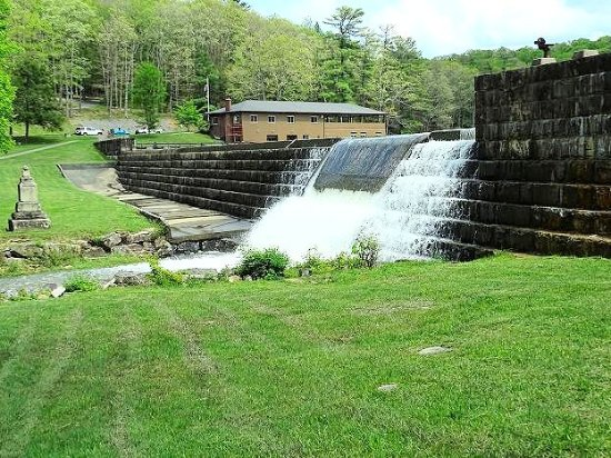 Beaver, Virginia Occidental: waterfall