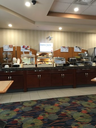 Holiday Inn Express Hotel & Suites Brampton: photo0.jpg