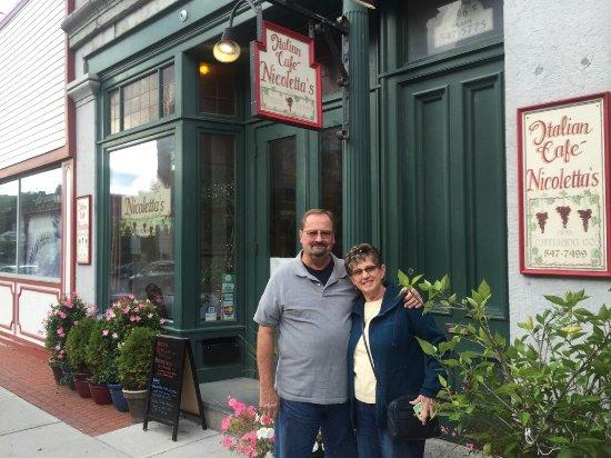 Nicoletta's Italian Cafe: photo0.jpg