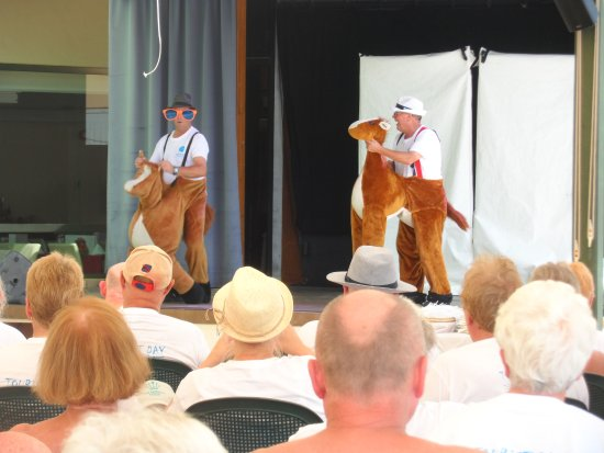 Grupotel Playa Camp de Mar: Hotel staff