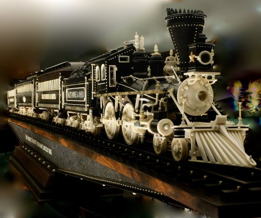 Dover, OH: The Lincoln Funeral Train Carving