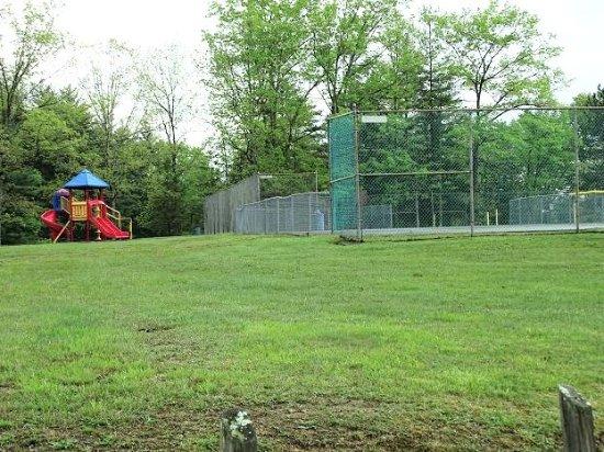 Lake Stephens Campground: playground/tennis courts