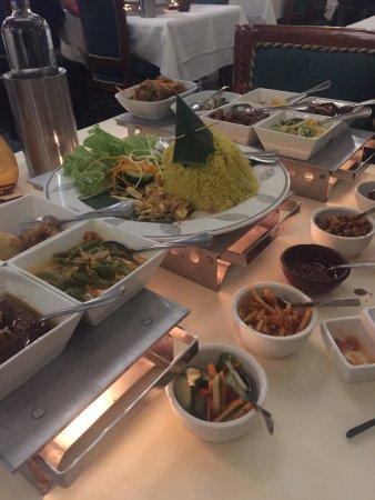 Candi Borobudur: Een feest voor het oog!
