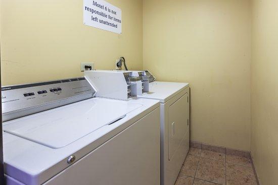 Glendale, Ουισκόνσιν: Laundry