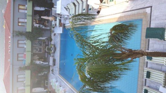 La Piscine Art Hotel: TA_IMG_20161003_175842_large.jpg