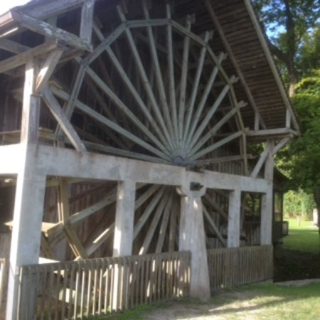 De Leon Springs, Φλόριντα: The old mill wheel is still there.