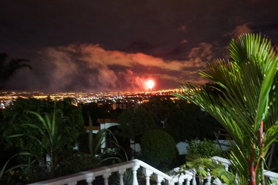 Posada El Quijote : Night time view (with fireworks)