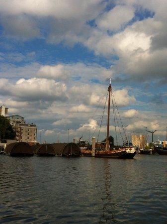 Rederij Vlaun: Amsterdam vanaf het water