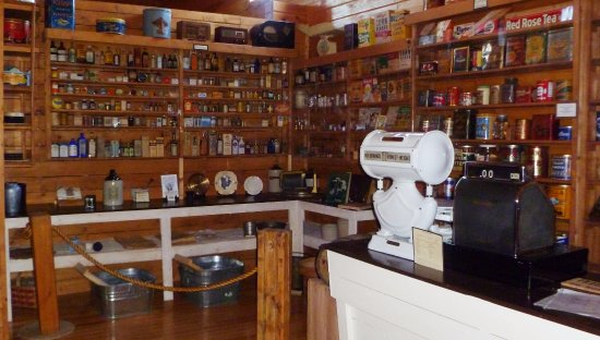 High Level, Canada: Our General Store exhibit has hundreds of authentic antique products on display