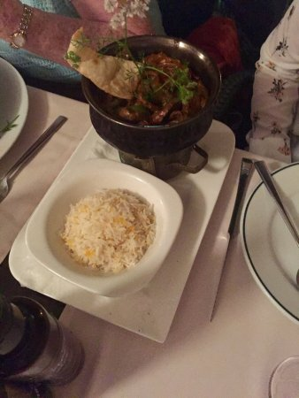Friends Lounge Bar & Restaurant : Great food :)