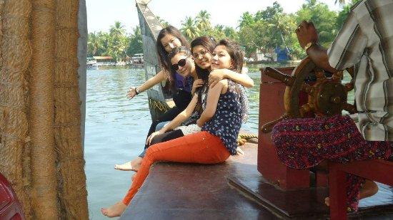 Aluva, Índia: Aleppey