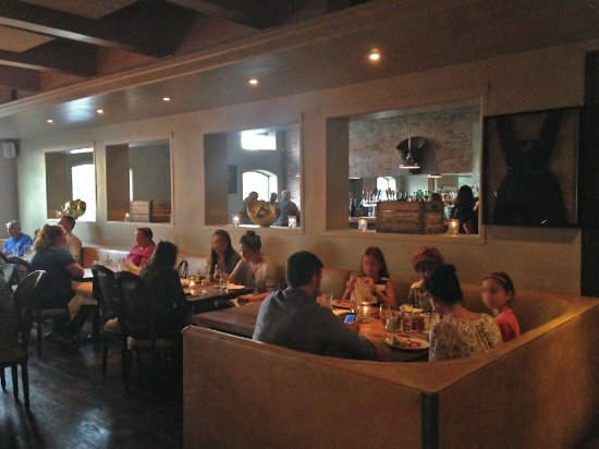 Catelli's: Several rooms inside offer a lot of seating, soft lighting in off weather