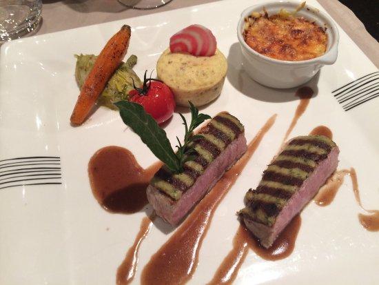 Thones, Frankreich: Un vrai régale !!! En dégustant le menu gastronomique vous pourrez savourer ses 2 plats ....