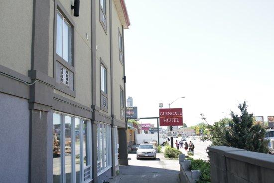 Glengate Hotel: OUTSIDE