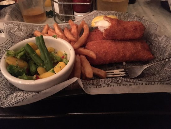 Glendale, OH: Three Piece Fish and Chips with Steamed Veggies