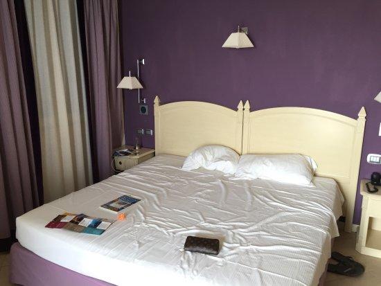 Meridiana Hotel Taormina : Camera da letto