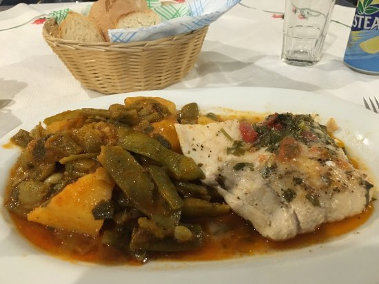 Anesis Spiros: Best Food and Service on Naxos