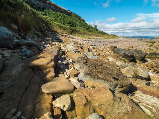 Fife, UK: Another rocky beach to cross...