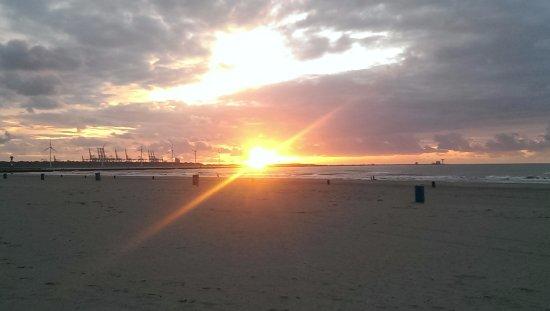 Hoek van Holland, Nederländerna: Abenddämmerung