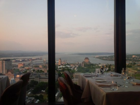Hôtel Le Concorde Québec : View from revolving restaurant Le Ciel at the hotel