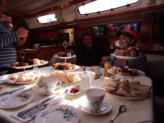 Sailing Dinner Cruises: photo2.jpg