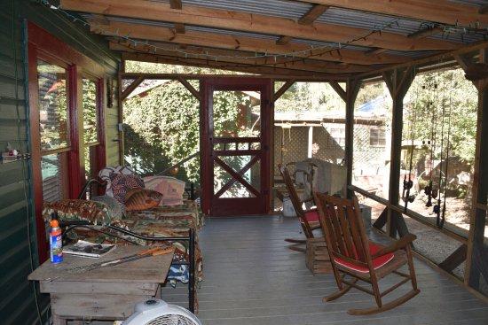 Uncertain, เท็กซัส: Screened in porch