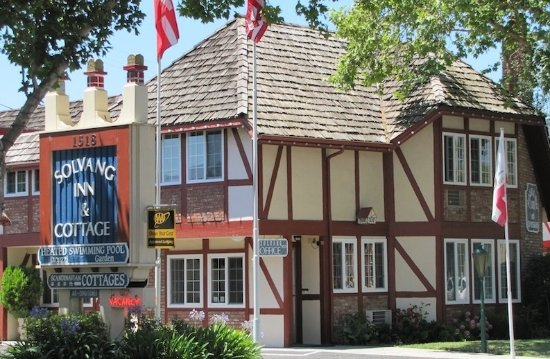 Solvang Inn and Cottages