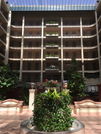 Embassy Suites by Hilton Arcadia Pasadena Area: photo0.jpg