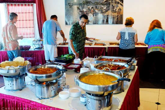 Artesia, CA: Shahnawaz Hyderabadi Cuisine, saturday buffet