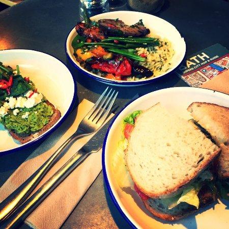 Sam's Kitchen: photo1.jpg