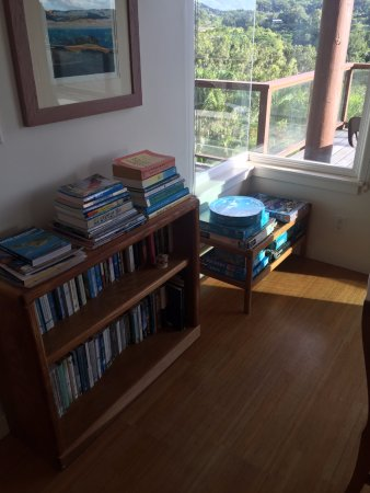 Maui Tradewinds: Tons of guide books, novels, games, puzzles, etc - for nights when you want to stay in.