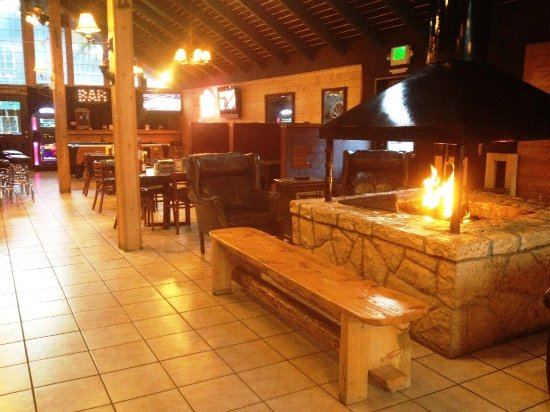 The Woodsman Hotel and Lodge