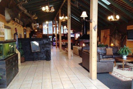 Shasta Inn : Hotel Lobby