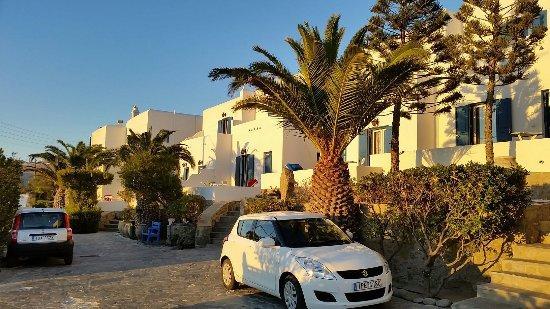 Aegean Hotel: Eigener Parkplatz.....
