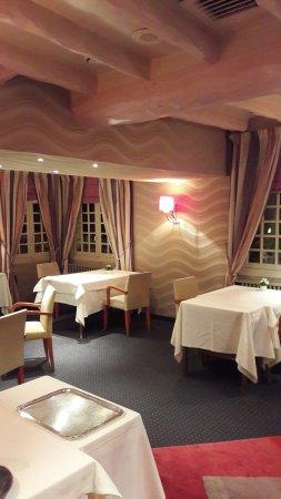 Reuilly-Sauvigny, Francia: Интерьеры ресторана