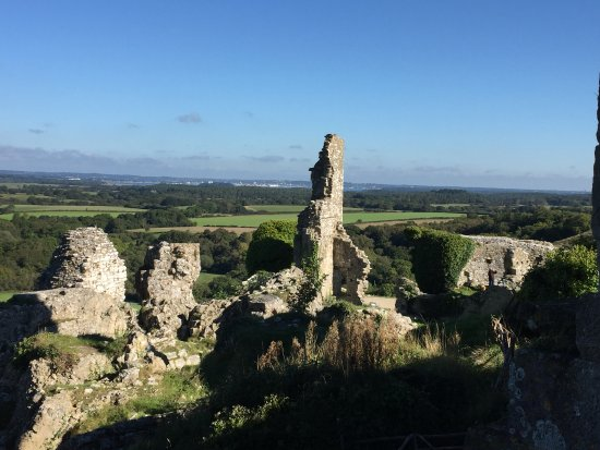 Corfe Castle, UK: You can see for miles!