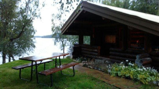Nikiski, AK: oldtimer cabin