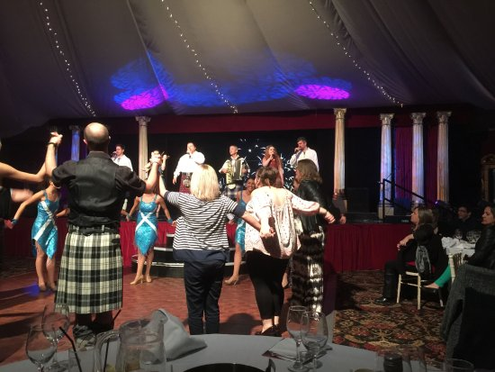 Taste of Scotland Scottish Show: Audience participation during Auld Lang Syne