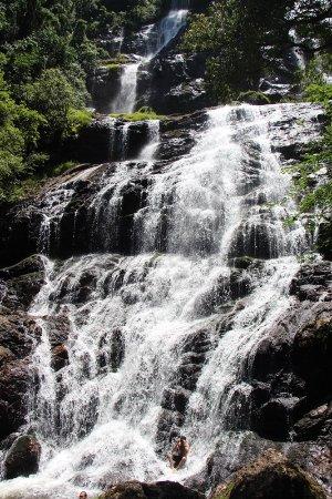 Corupa, SC: Cachoeira Braço Esquerdo.