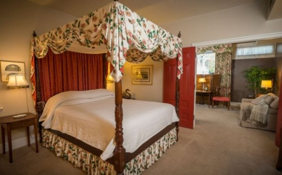 Chestertown, MD: Sterling Suite (queen and twin pullout)