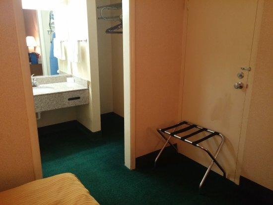Motel 6 Staunton Photo