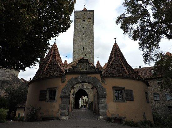 Burgtor und burg rothenburg ob der tauber alemania - Rothenburg ob der tauber alemania ...