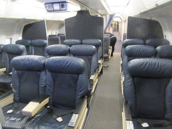 Interior Of The 767 200 Picture Of Delta Flight Museum Atlanta