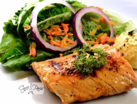Jinotepe, Nicaragua: Grilled Salmon